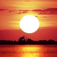 夕阳下的六月