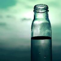 半瓶水2016