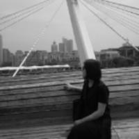 lily视频剪辑  平面设计